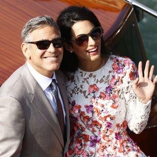 So schön strahlten George und Amal Clooney, als sie sich am 27. September 2014 gerade das Jawort gegeben hatten.