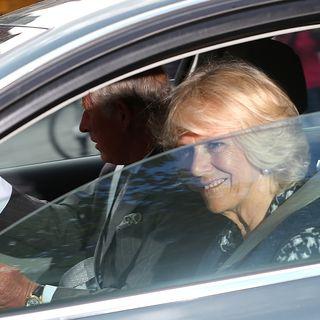 Baby-Besuch, Besucher, Kensington Palast, Herzogin Kate, Camilla, Prinz Charles