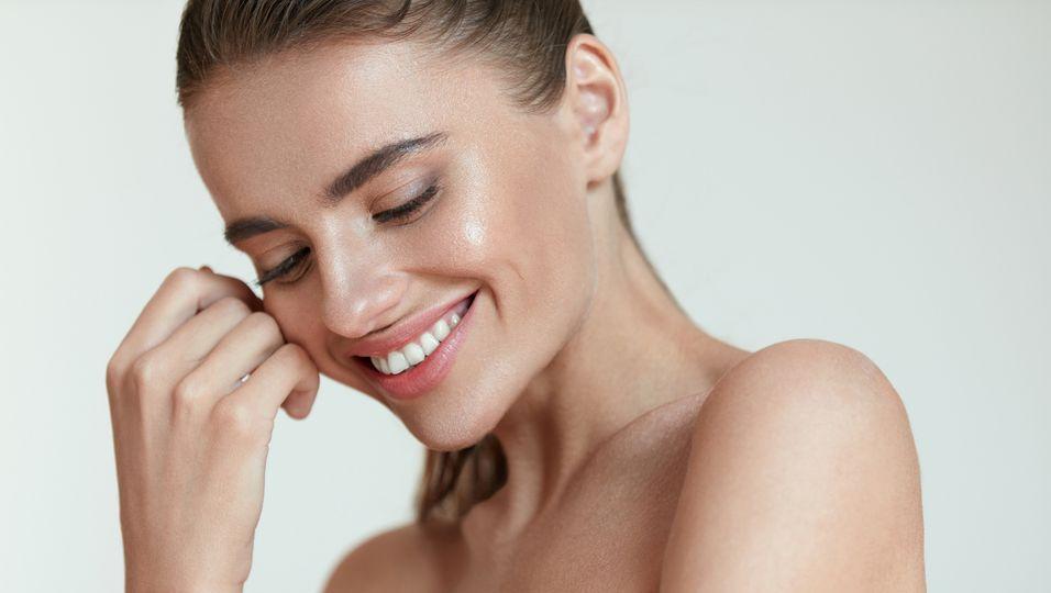 Bye, müde Haut: Die 5 effektivsten Produkte gegen fahle Haut