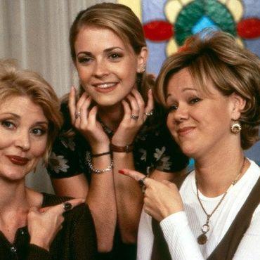 """Reunion! """"Tante Zelda"""" und """"Sabrina"""" treffen sich wiede"""