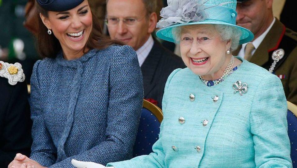 Das hat sie wirklich der Queen geschenkt!?
