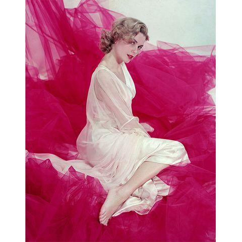 Grace Kelly, eine Millionärstochter aus Philadelphia, stieg mit ihrer kühlen Erotik zum Liebling von Regisseur Alfred Hitchcock auf.