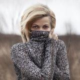 Ob körpernah oder kuschelig weit: Der Pullover ist unser Liebling der Saison.