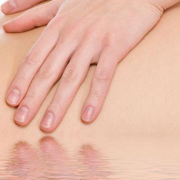 Massage - Watsu Massage: Shiatsu im Wasser