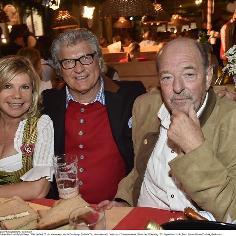 Marianne und Michael Hartl mit Ralph Siegel