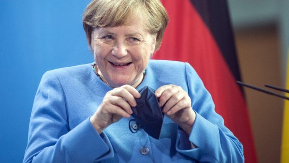 16 Jahre Bundeskanzlerin: So hat sie sich im Laufe ihrer Amtszeit verändert