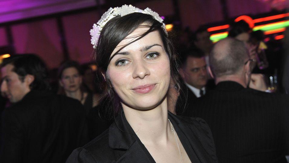 """Nora Tschirner   """"SMS für dich"""": So romantisch ist ihr neuer Kinofilm!"""