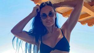 Die 58-Jährige zeigt ihren Bikini-Body – und macht uns sprachlos