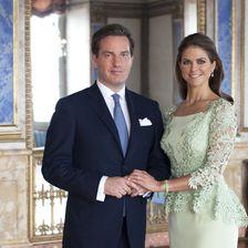 Endlich offiziell! Am 3. September bestätigte der Palast, dass Madeleine und Chris Anfang März 2013 Eltern werden.