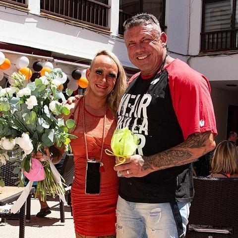 """""""Goodbye Deutschland""""-Stars Caro und Andreas Robens : Hickhack um Faneteria"""
