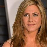 Das ist Jennifer Anistons Geheimnis für faltenfreie Haut mit 50