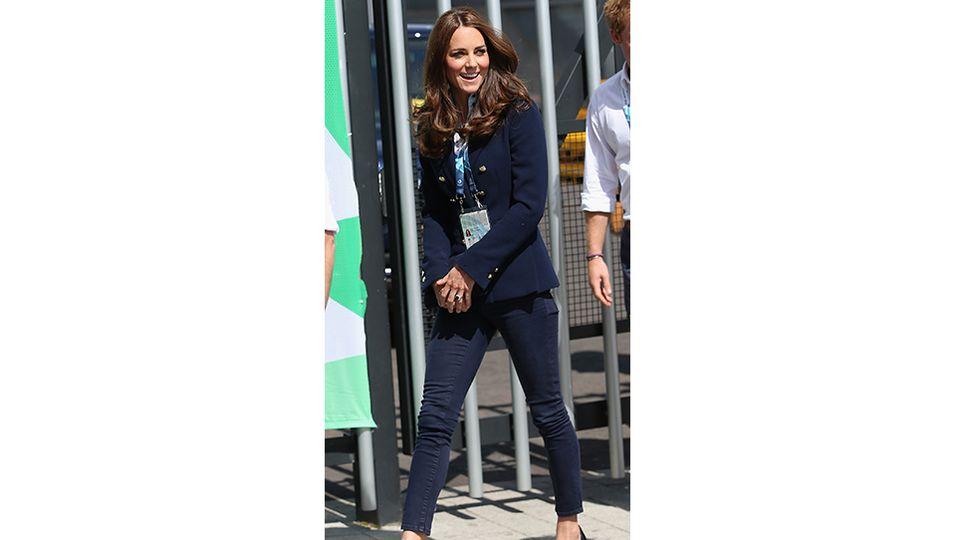 Herzogin Kate  | Ihre Beinchen werden immer dünner!