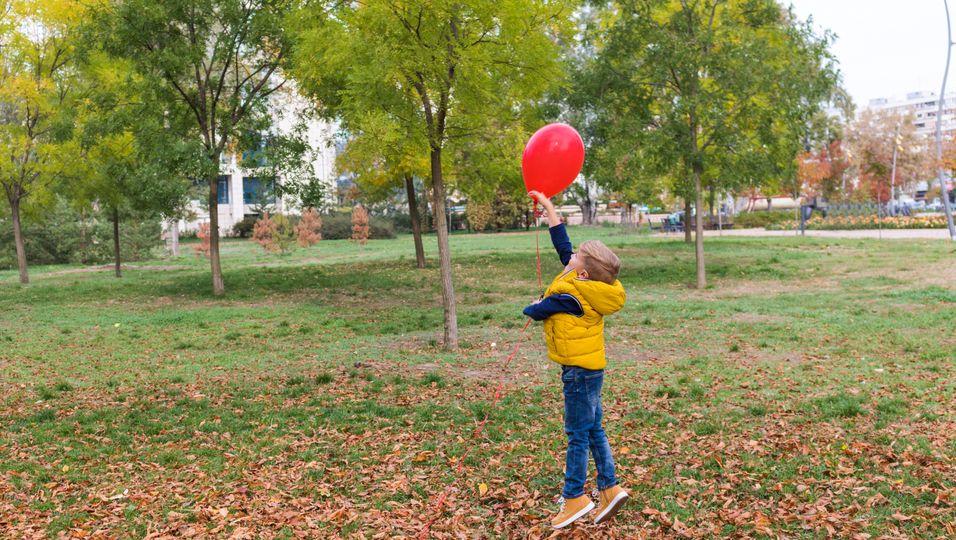 Vater starb an Krebs: Geschwister schicken jede Woche Ballons in den Himmel .jpg