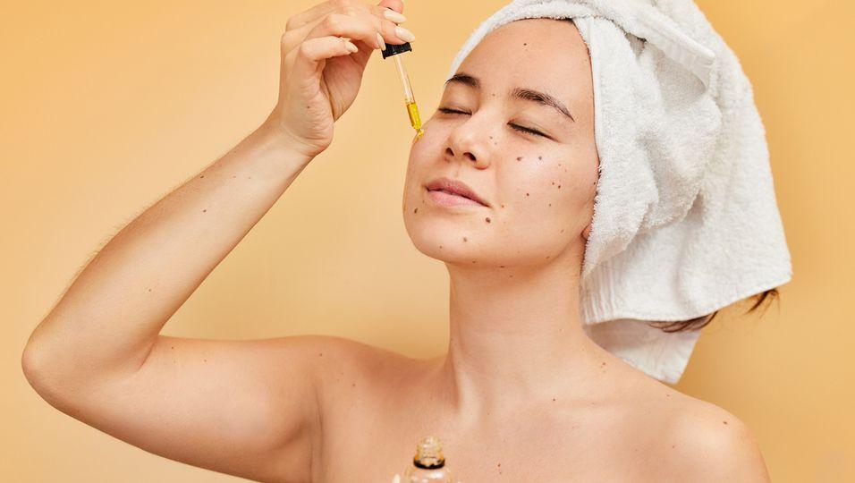 Azelainsäure: Dieses Serum soll Hautveränderungen abmildern