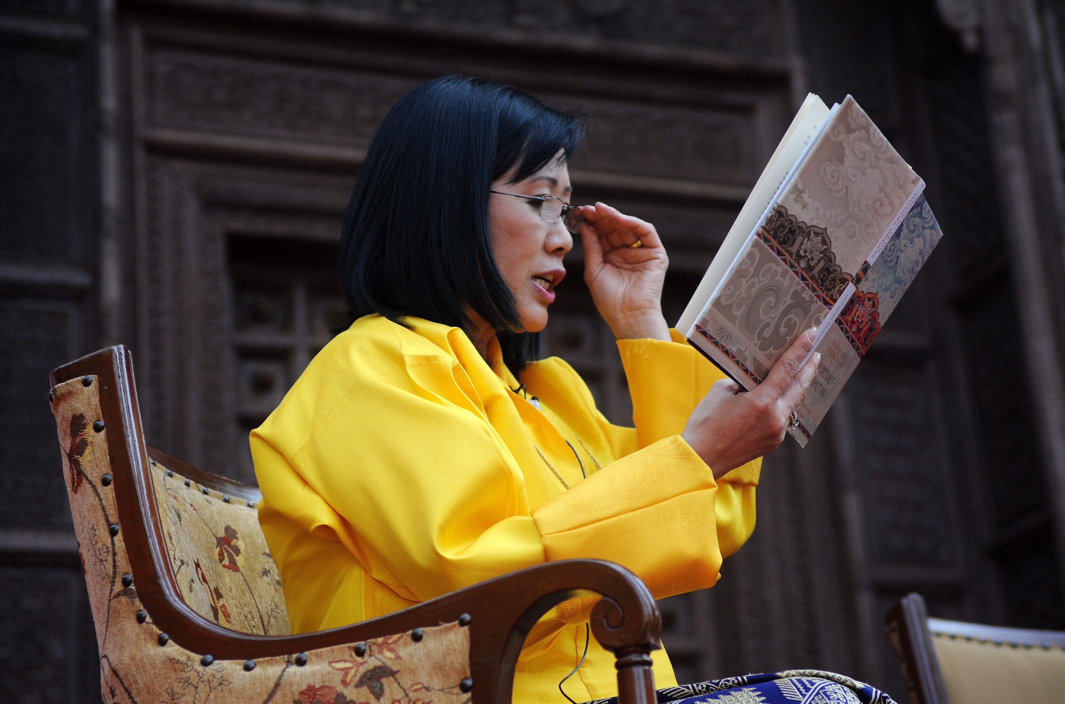 Die Königinmutter von Bhutan: Ashi Dorji Wangmo Wangchuck, (64)