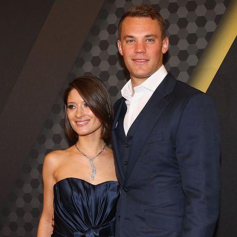 """Manuel Neuer liebt eine Friseurin. Kathrin Gilch arbeitet beim Münchner In-Friseur Arnoldy & Traub im Hotel """"Bayerischer Hof""""."""