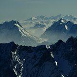 Hochgebirgspanorama von der Zugspitze aus südwärts