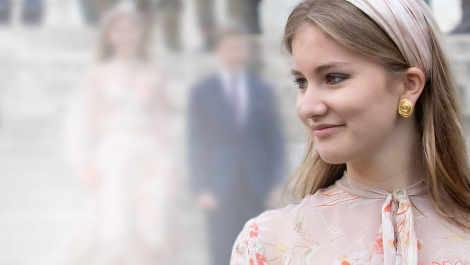 Vokuhilakleid & Stiletto-Absätze: Ihr Look ist einfach nur wow!