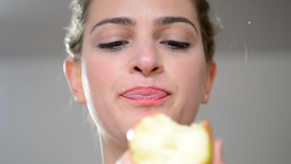 Bauchschmerzen nach Obst? So erkennst du eine Fruktoseintoleranz