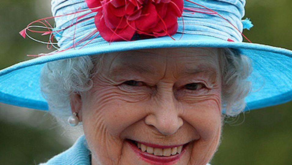 Newsline, Queen Elizabeth