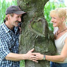 Der heitere Ackerbauer Rolf mit Silvia