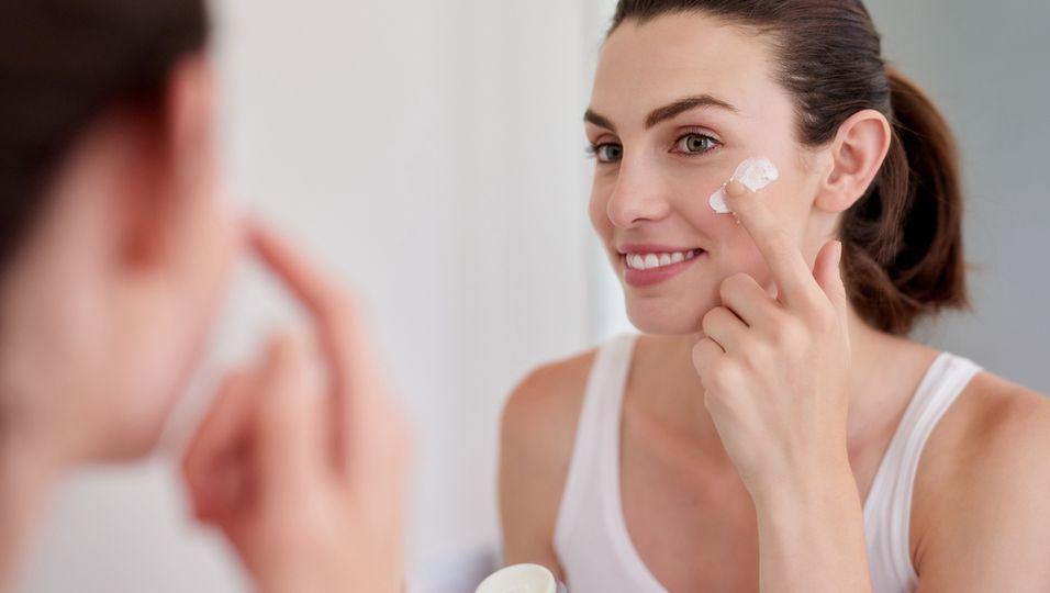 Für den No-Make-up-Look: Diese Cremes ersetzen unsere Foundation