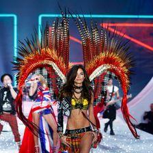 """Seit 2008 wirft sich Lily Aldridge für """"Victoria's Secret"""" in heiße Dessous. Doch erst seit 2010 gehört sie zur Elite, den Engeln."""