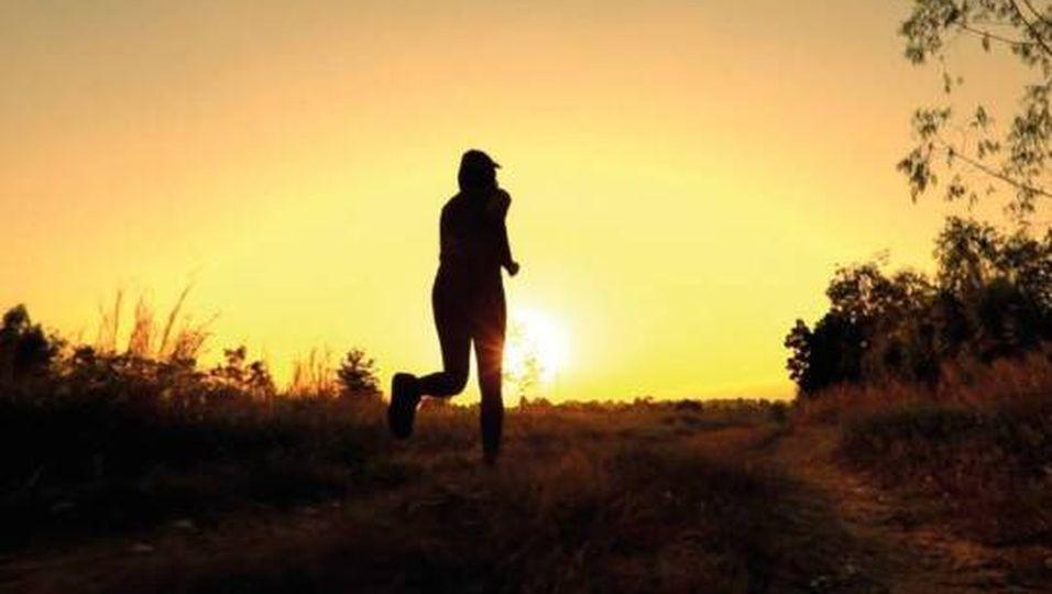 Joggen am Morgen: 5 Tipps für deine morgendliche Laufrunde