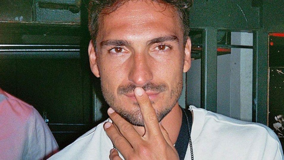 Heiße Küsse im Club – und er knutscht nicht Lisa Straube