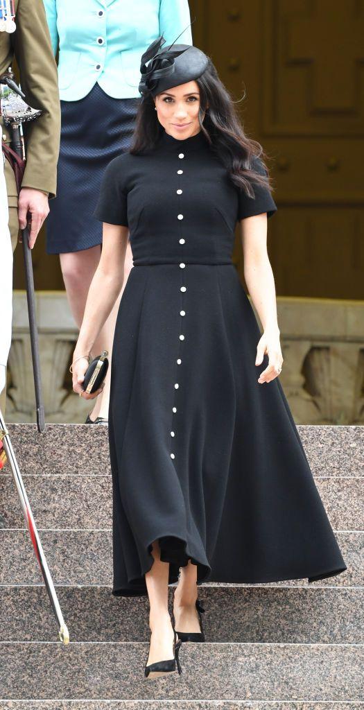 Schwarzer Klassiker: Dieses Kleid von ONLY sieht Herzogin Meghans zum Verwechseln ähnlich Reference