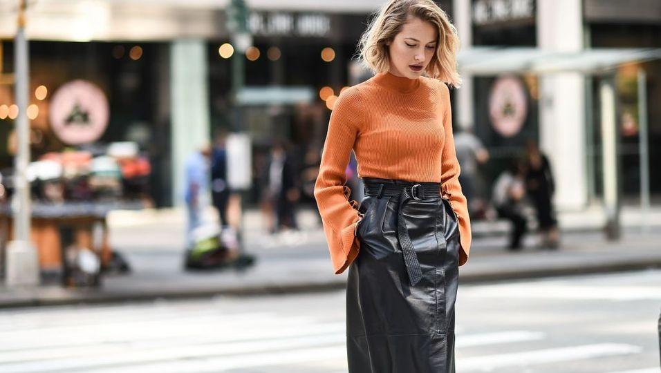 Herbst Trend Frau auf Straße