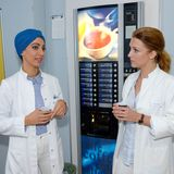 Die Kolleginnen Nazan und Lilly bei der Arbeit.