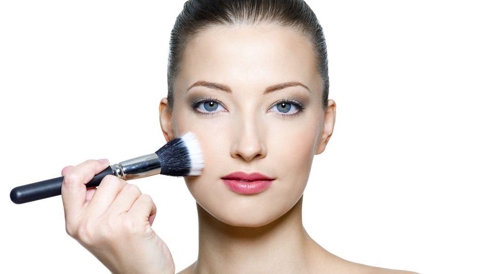 Make-Up-Guide   Das perfekte Rouge für jeden Haut-Ton