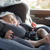 Baby im Taxi vergessen
