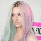 Kesha - Stars mit Piercing