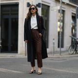 So gemütlich ist die neue Trendfarbe für Jeans