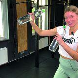 Flaschen-Workout: Workout mit selbstgebastelten Gewichten