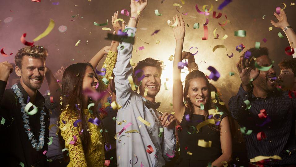 Endlich wieder im Club feiern? Mit einem PCR-Test soll es ab Herbst möglich werden.