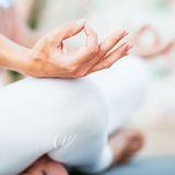 Neuer Trendsport Yoga in der Salzgrotte