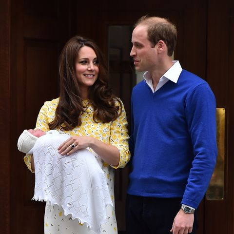 Kate und William kommen aus dem Krankenhaus