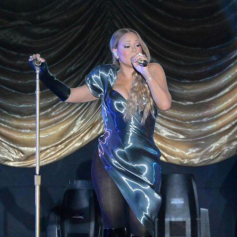 Mariah Carey glänzte bei ihrem Auftritt in Taiwan nur dank ihres Kleids - nicht wegen ihres Stil-Gespürs.