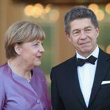 Völlig losgelöst: So glücklich haben wir ihren Mann Joachim Sauer lange nicht gesehen