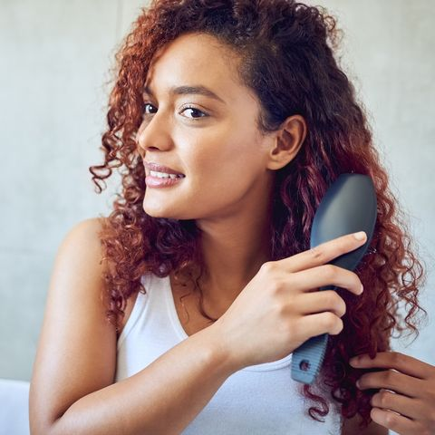 Nur 8 Euro auf Amazon: Mit dieser Haarbürste sagen wir Haarbruch Bye-Bye