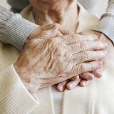 Dank Impfung: Noch einmal Omi umarmen