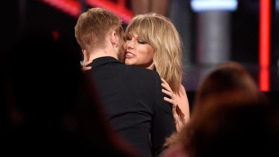 Calvin Harris und Taylor Swift turteln wie die Weltmeister...