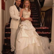 Ende gut, alles gut... Die Hochzeit von Robert (Lorenzo Patané, l.) und Miriam (Inez Björg David, r.) in der Folge 520