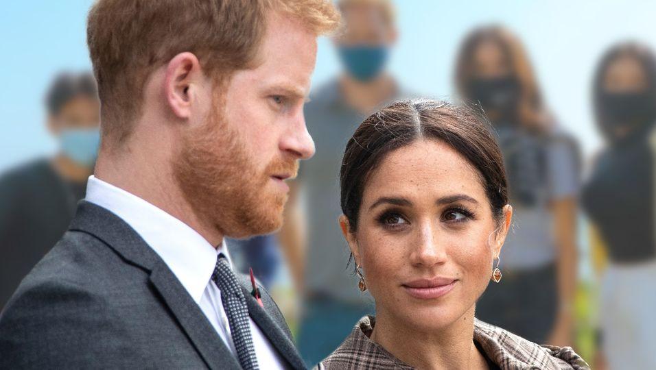 Das Paar im Lässig-Look, doch das Thema ist ernst