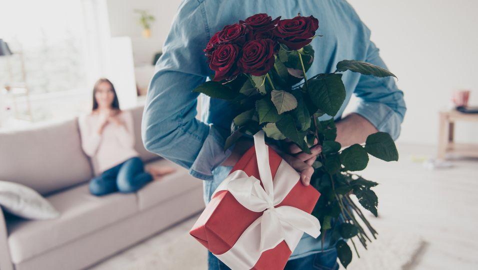 Die 4 besten Geschenke und Aufmerksamkeiten für Paare 2021