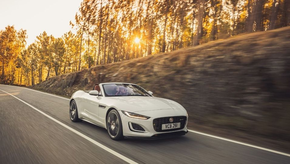 Jaguar Advertorial