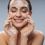 Die 10 meist gesuchten Inhaltsstoffe, die in eurer Beauty Routine enthalten sein sollten
